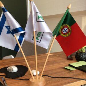 דגלוני אומות לשולחן